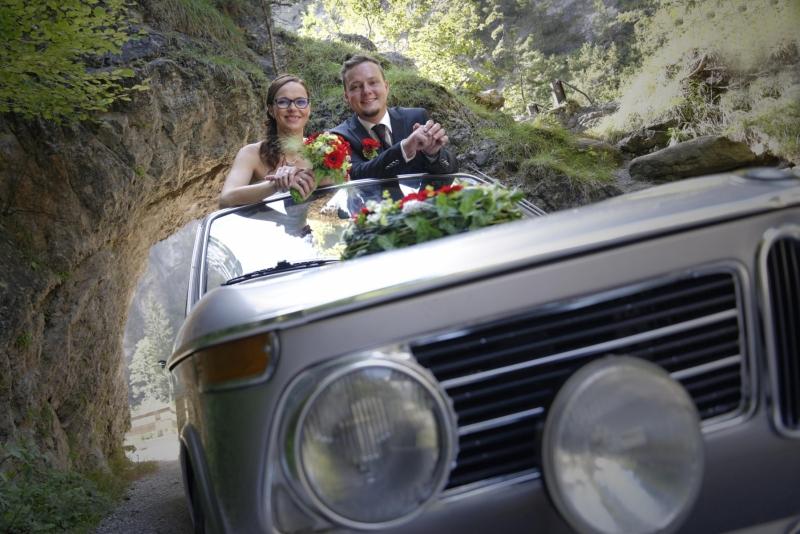 Hochzeitsfoto im Auto © Werner Blauhorn